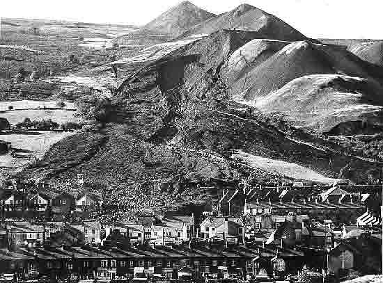 Hazards Of Coal Slag : Aberfan disaster